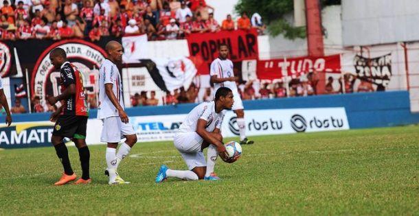 Brusque empata com o Joinville e se mantém na liderança do Catarinense