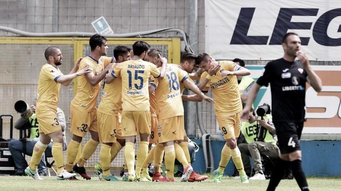 Serie B: vincono Hellas e Frosinone, match ball Spal. Prezioso successo della Ternana a Vicenza