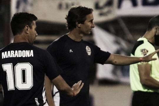 """Messera: """"Nos deja conformes el haber levantado el partido""""."""