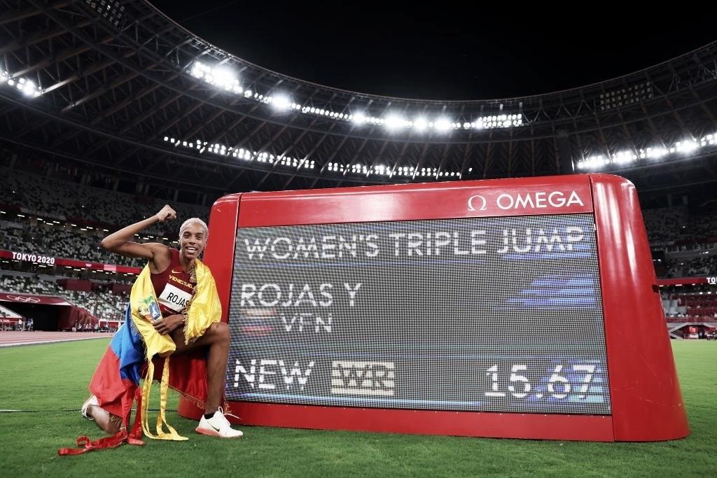 Yulimar Rojas, récord mundial y campeona olímpica
