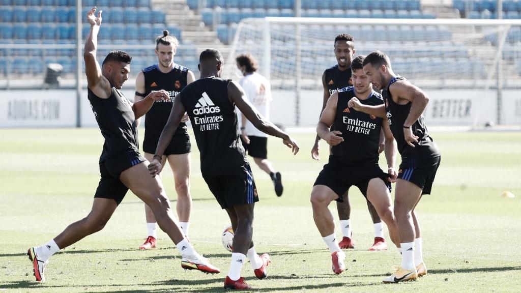 El Madrid viaja a Valencia sin Modric y Kroos