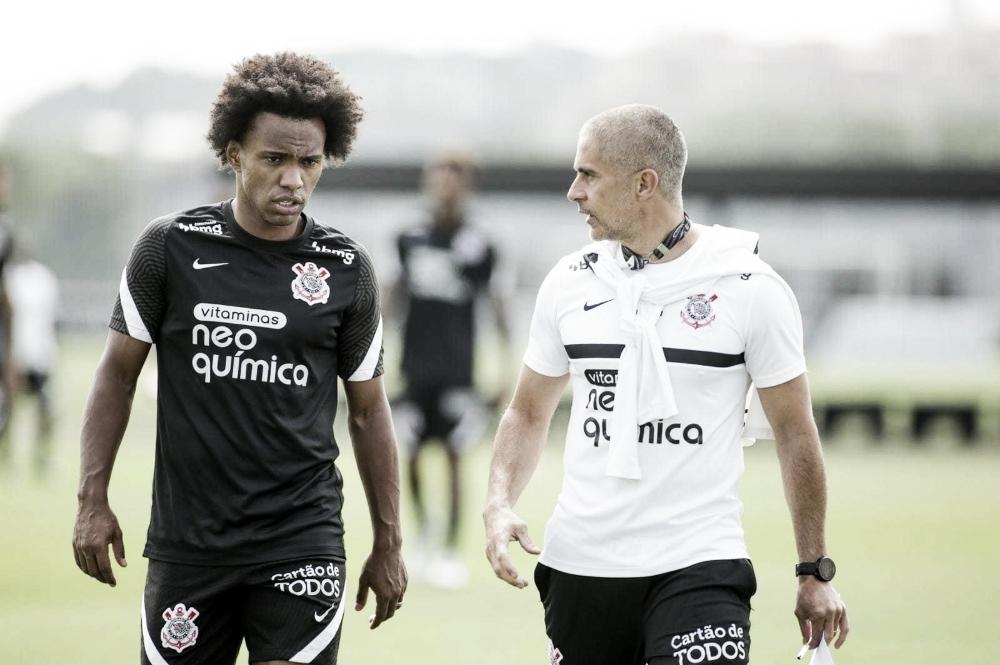Atlético-GO recebe Corinthians pelo Brasileirão, que ainda não poderá contar com Willian