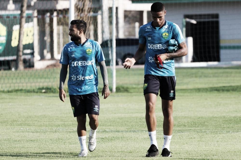 Embalado, Cuiabá recebe Fluminense buscando subir na tabela do Brasileirão