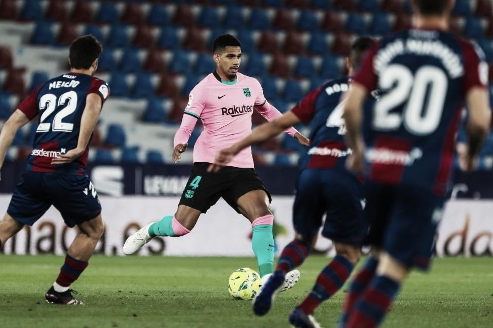Gols e melhores momentos para Barcelona 3x0 Levante por LaLiga