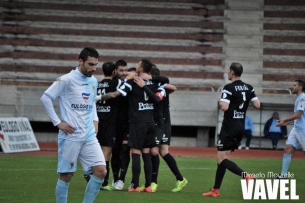 Fotos e imágenes de SD Compostela 0-3 Racing de Ferrol, 25ª jornada de Segunda División B Grupo I