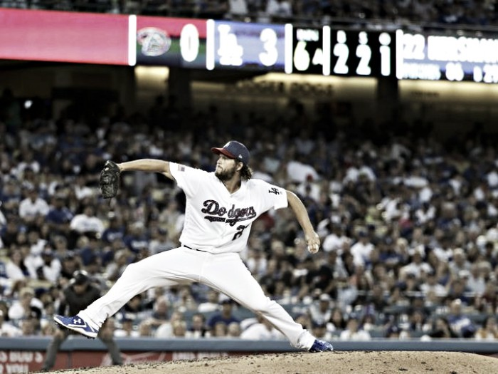 Los Angeles Dodgers take game one against the Arizona Diamondbacks