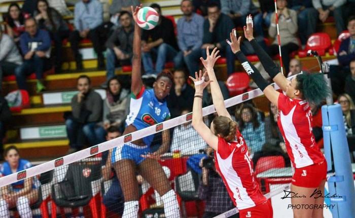 Volley F - Comincia con una sconfitta contro la Cina il World Grand Prix dell'Italia