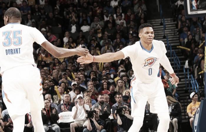 Westbrook amargó el último adiós de Kobe de visitante