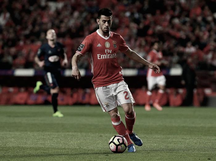 Benfica: Pizzi escapa ao amarelo e jogará o Clássico