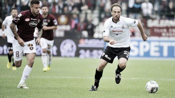 Serie B: pari e patta tra Pro Vercelli e Salernitana, poche emozioni allo Stadio Piola (0-0)