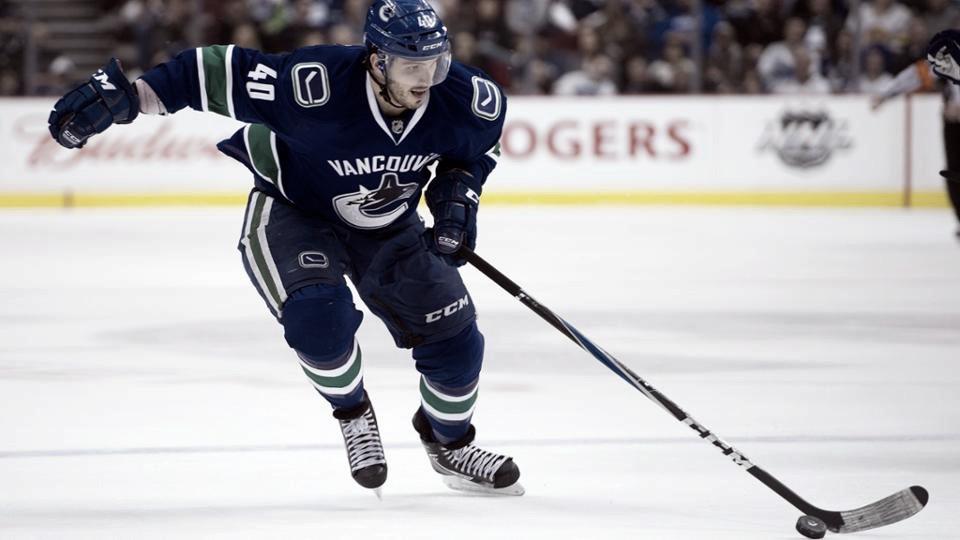 Maxim Lapierre se retira tras 10 temporadas en la NHL