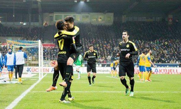 Il Borussia Dortmund supera a fatica il fanalino di coda Braunschweig