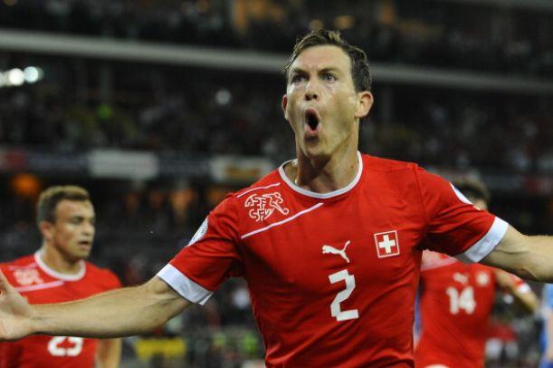 2-0 della Svizzera sul Perù: in gol anche Lichtsteiner