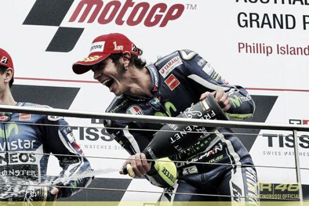 """Valentino Rossi: """"Cuando estaba delante de Márquez estrellado me dije: la victoria!"""""""