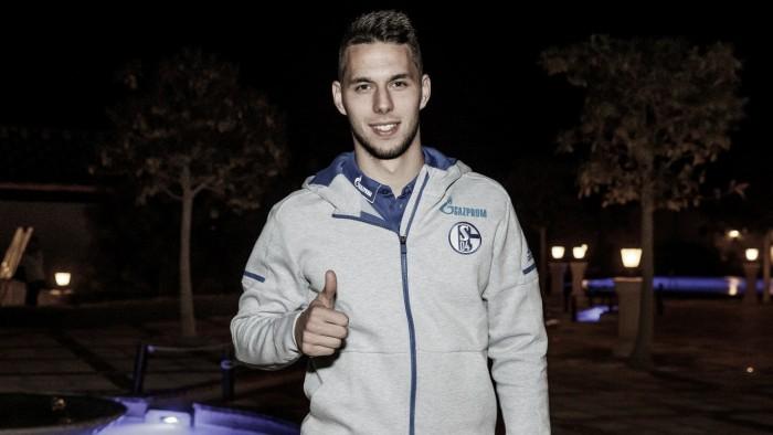 Schalke 04 oficializa contratação por empréstimo do atacante Pjaca junto à Juventus