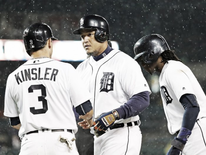 Detroit Tigers down Cleveland Indians behind Miguel Cabrera's heroic home run