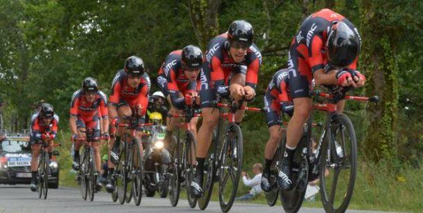 Vuelta di Spagna 2015, Velits in rosso. A Caminito del Rey primo arrivo in salita