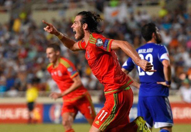 Bale señala el camino de Gales hacia la Eurocopa