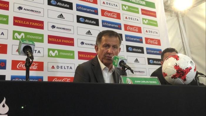 """Juan Carlos Osorio: """"Chicharito está entre los mejores finalizadores del futbol"""""""