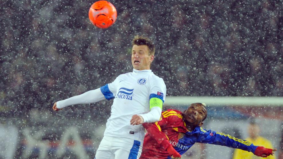 El Basilea golpea sobre la nieve