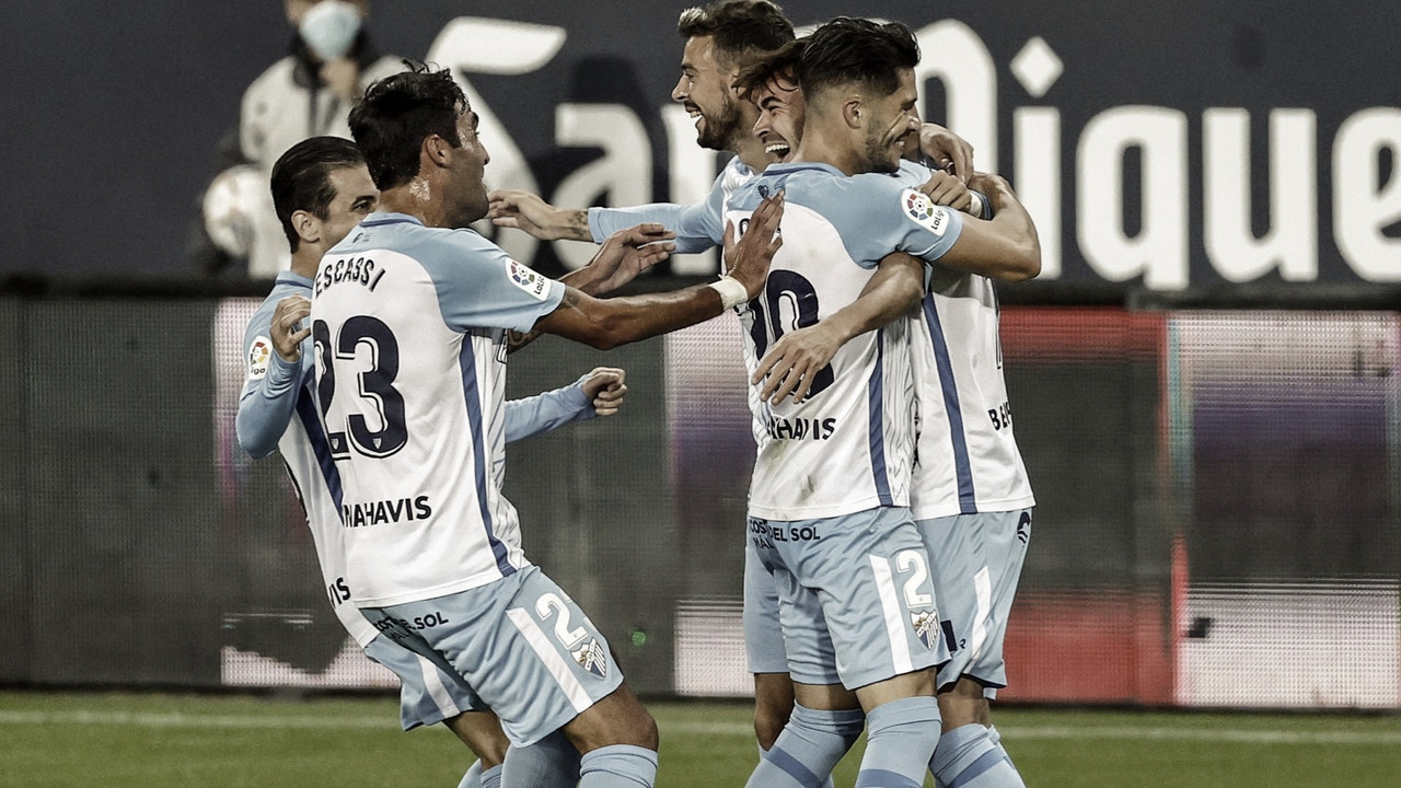 Celebración del Málaga Cf tras el gol de Jozabed. / Foto: Málaga CF