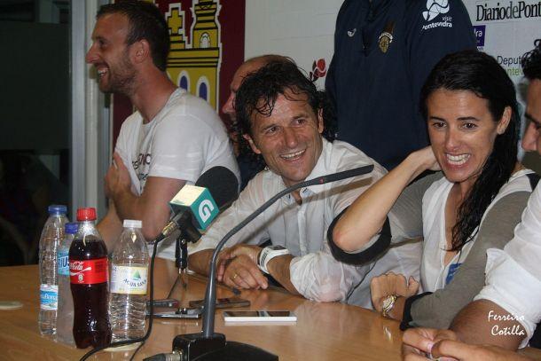 Luisito continuará al frente del Pontevedra