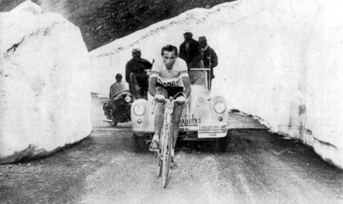 Giro 1953: Coppi somete a Koblet en el inédito Stelvio