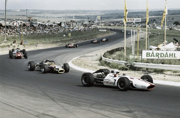 Ano novo a 300 por hora: as duas corridas na história da F1 em 1º de janeiro