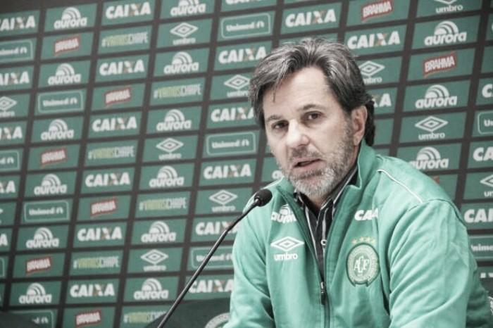 Caio Júnior afirma que Chapecoense sai de cabeça erguida da Copa do Brasil