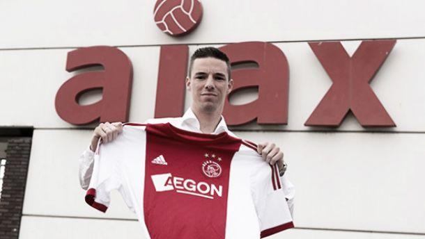 Nick Viergever acerta por quatro anos com o Ajax