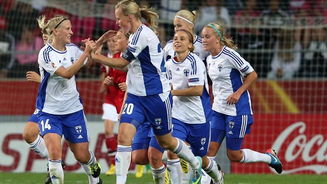 Dinamarca empata com a Finlândia e se complica na Euro feminina