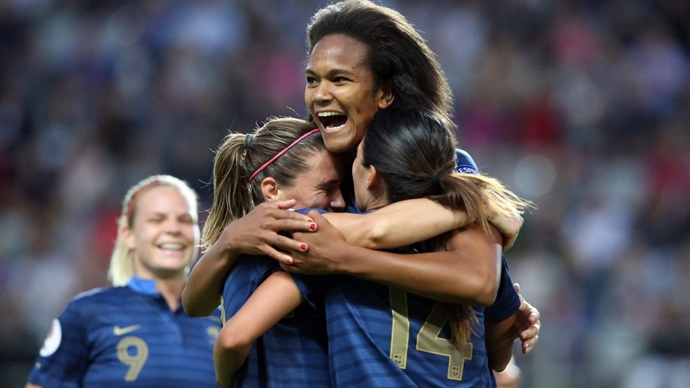 França vence por 3 a 0 e elimina a Inglaterra da Euro feminina