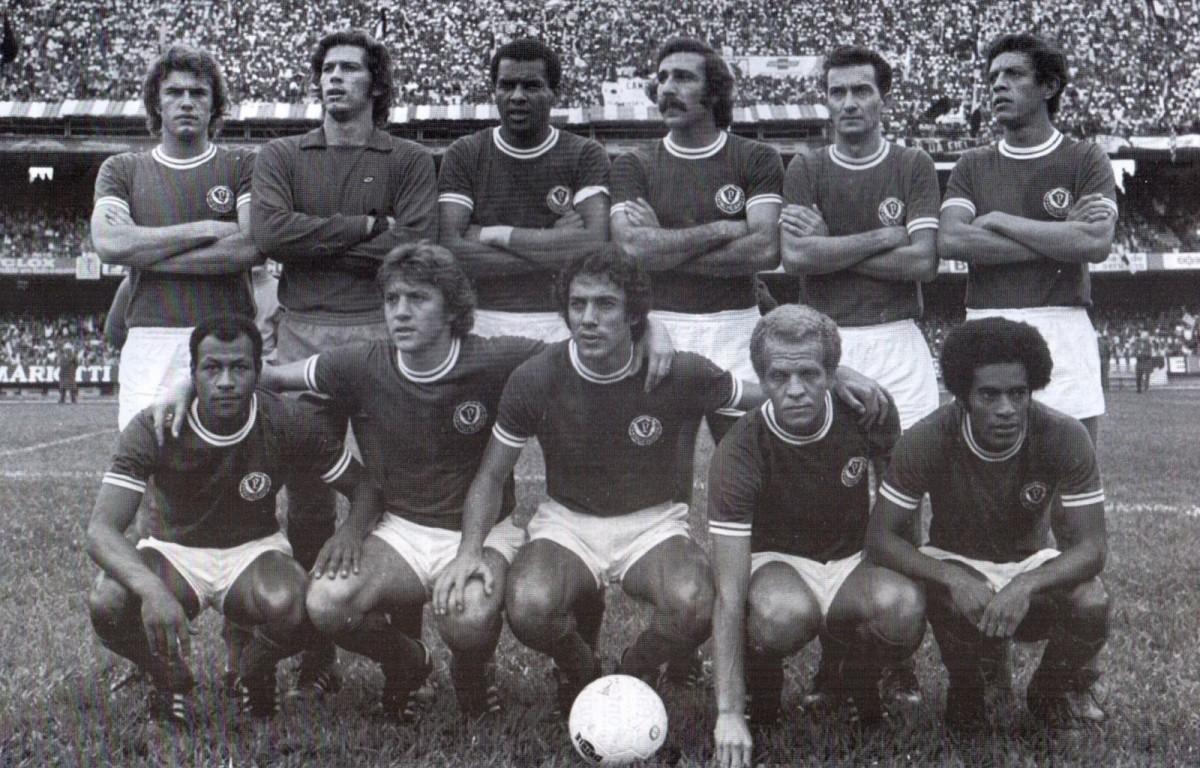 Recordar é viver: zum, zum, zum é 21! Palmeiras vence Paulistão de 74 e aumenta fila do Corinthians