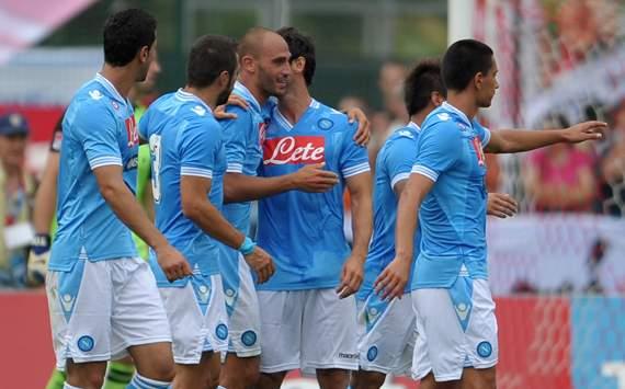 Insigne stella d'estate e il Napoli batte il Bayern