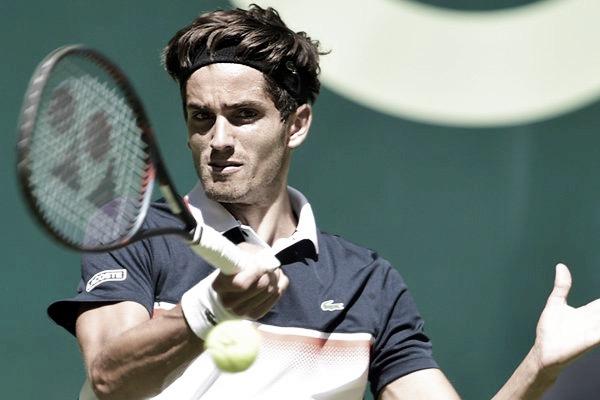 Monfils faz grande jogada, mas perde para Herbert e dá adeus ao ATP 500 de Halle