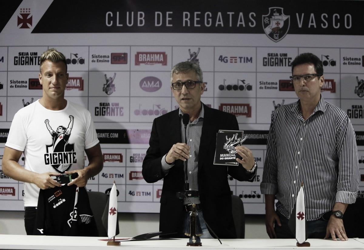 Alexandre Campello projeta novas contratações de peso caso sócio-torcedor do Vasco cresça