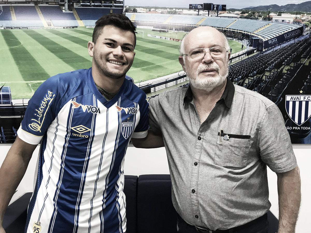 Atacante paraguaio Brizuela é anunciado como novo reforço do Avaí
