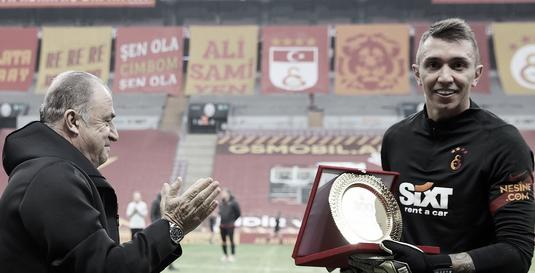 Com mais de 300 jogos no Galatasaray, goleiro Fernando Muslera tem contrato renovado com equipe turca
