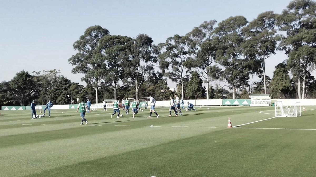 Na reapresentação do elenco, Palmeiras tem retornos e treina de olho no Bahia