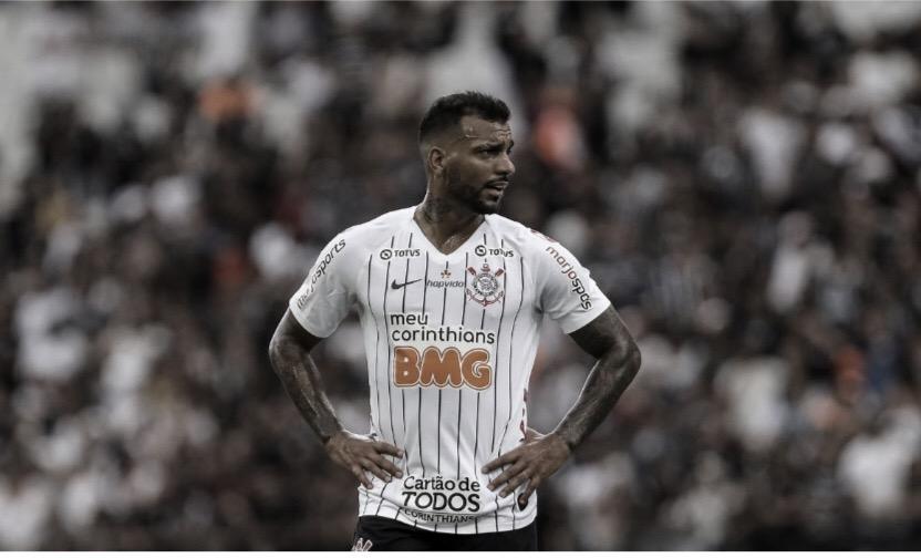 """Michel completa um ano de sua estreia no Corinthians: """"Dia inesquecível"""""""