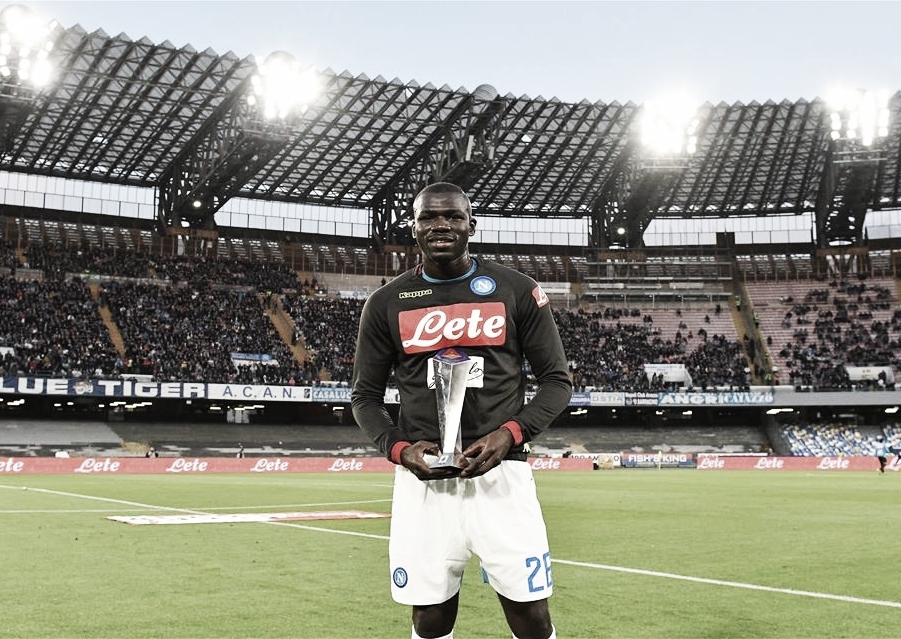 Napoli recusa nova proposta do Manchester United por Koulibaly, segundo jornal italiano