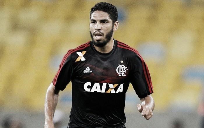 Zagueiro Wallace comunica saída e não é mais jogador do Flamengo