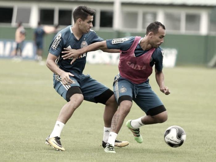Coritiba inicia preparação para clássico diante do Atlético-PR com treinos em período integral