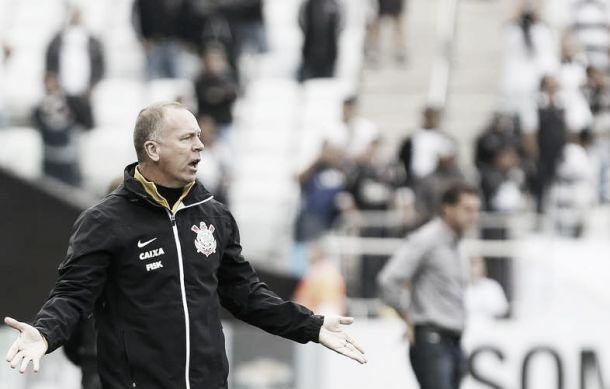 Mano Menezes afirma que o time não sentiu novamente ao jogar na Arena Corinthians