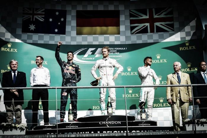 Rosberg de punta a punta