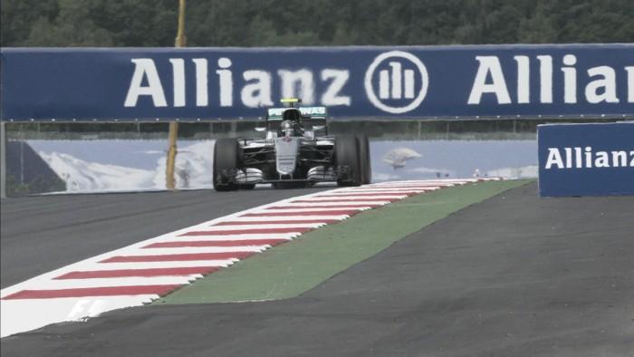 Rosberg voló en Austria
