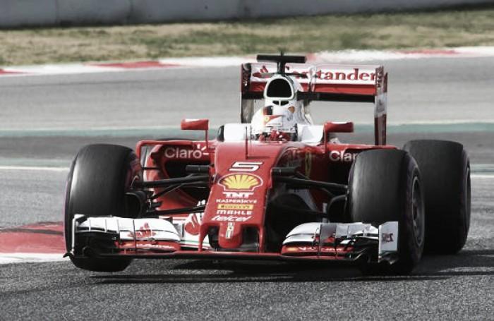 Ferrari dominó el segundo día de actividad en Barcelona