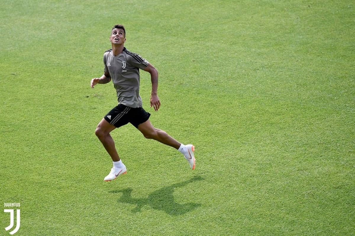 """Juve, il giorno di Cancelo: """"Sono qui per vincere"""""""