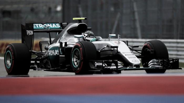 Rosberg da cátedra