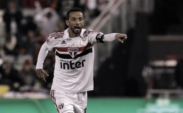 """Nenê considera normal derrota do São Paulo: """"É o primeiro jogo e então está tudo tranquilo"""""""